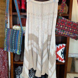 Magic cream lace trim boho maxi tiered skirt NWT L